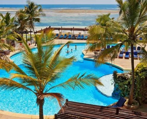 Valentine's Day: Leopard Beach Resort